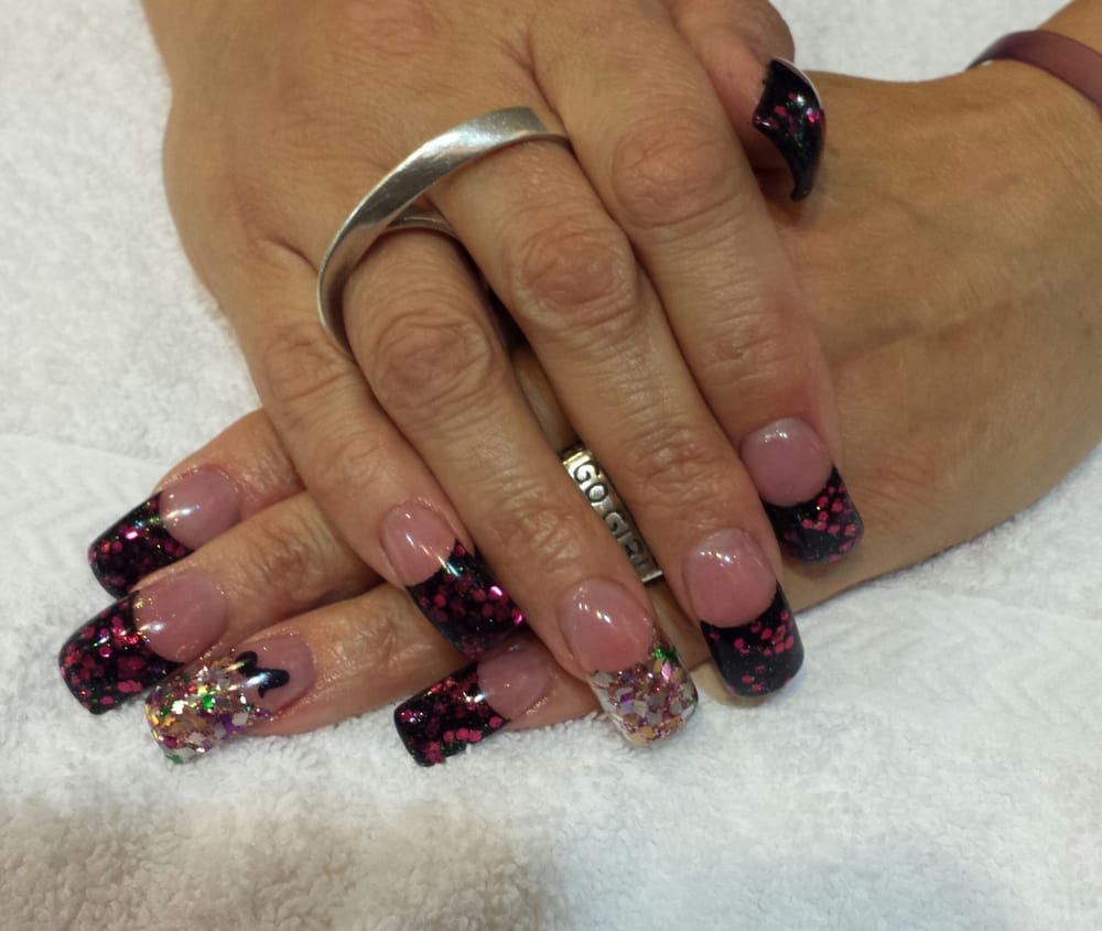 Extreme curved bling tips with acrylic overlay. By Cherryl Rougemont ...