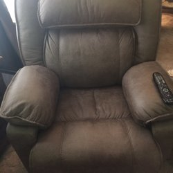 Photo Of Samu0027s Furniture   Springdale, AR, United States. 900 Dollor Chair  For