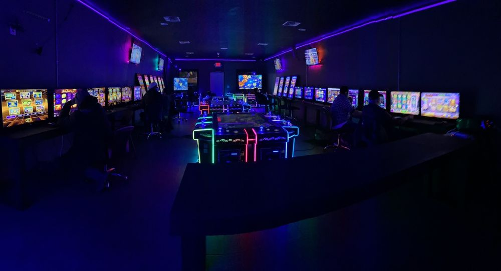 Joysticks Game Room: 1233 Nile Dr, Corpus Christi, TX
