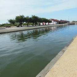 Bassin de baignade d audenge piscines port d 39 audenge for Bassin de baignade