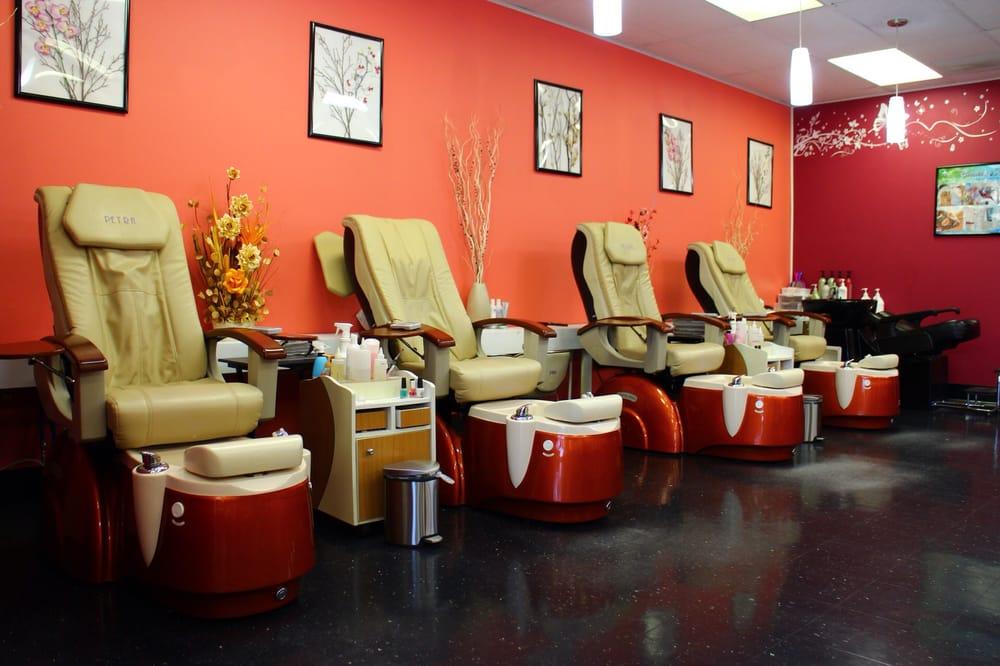 Pro-Filer Salon: 164 Porters Point Rd, Colchester, VT