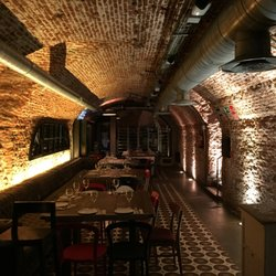Lamucca de prado 100 photos 72 reviews tapas bars for Restaurante la mucca madrid calle prado