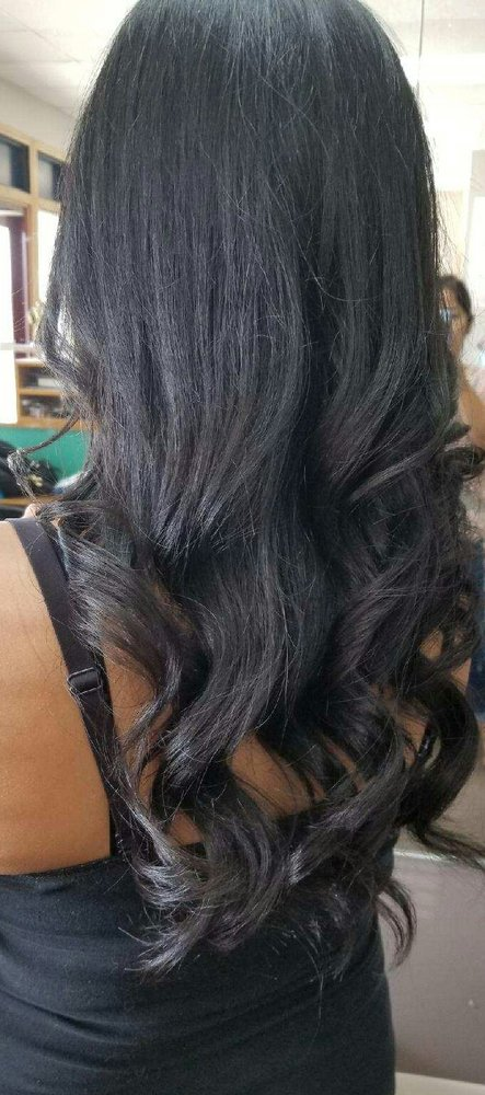 Photo of Eclipse Beauty Salon: Beloit, WI