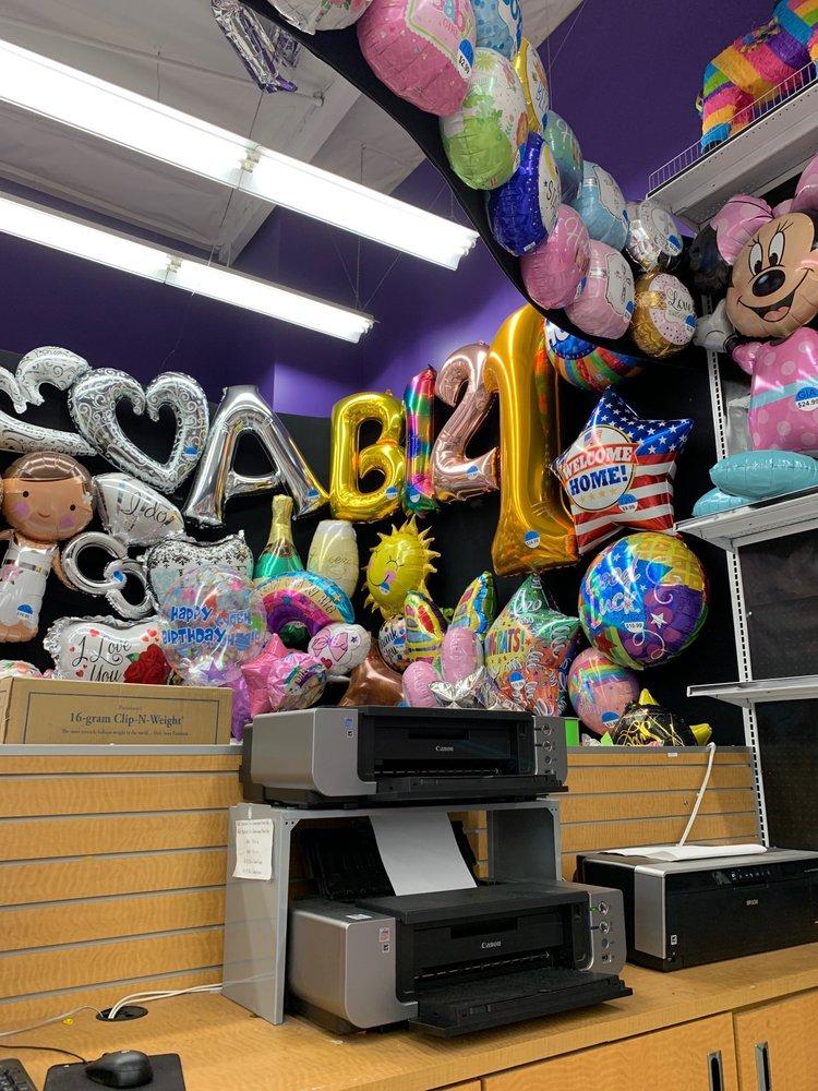 Party City: 2200 Harbor Blvd, Costa Mesa, CA