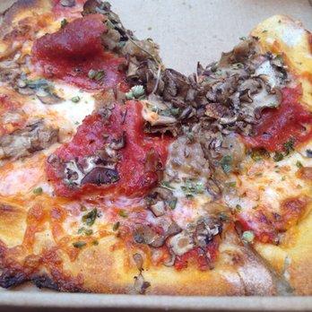 California Pizza Kitchen Christiana Mall