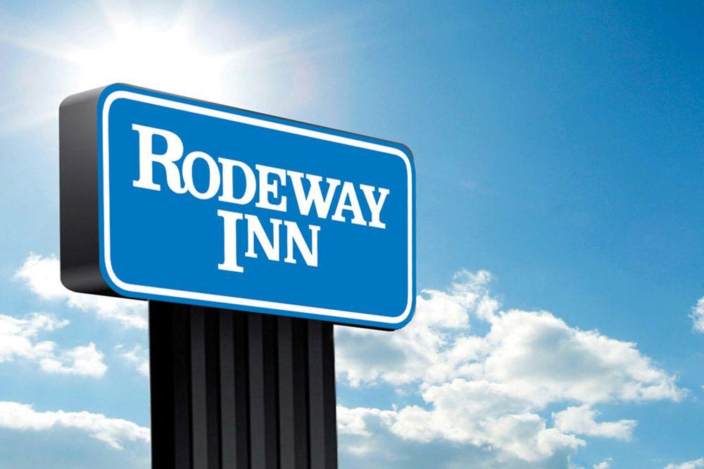 Rodeway Inn: 3404 Vine Street, Hays, KS