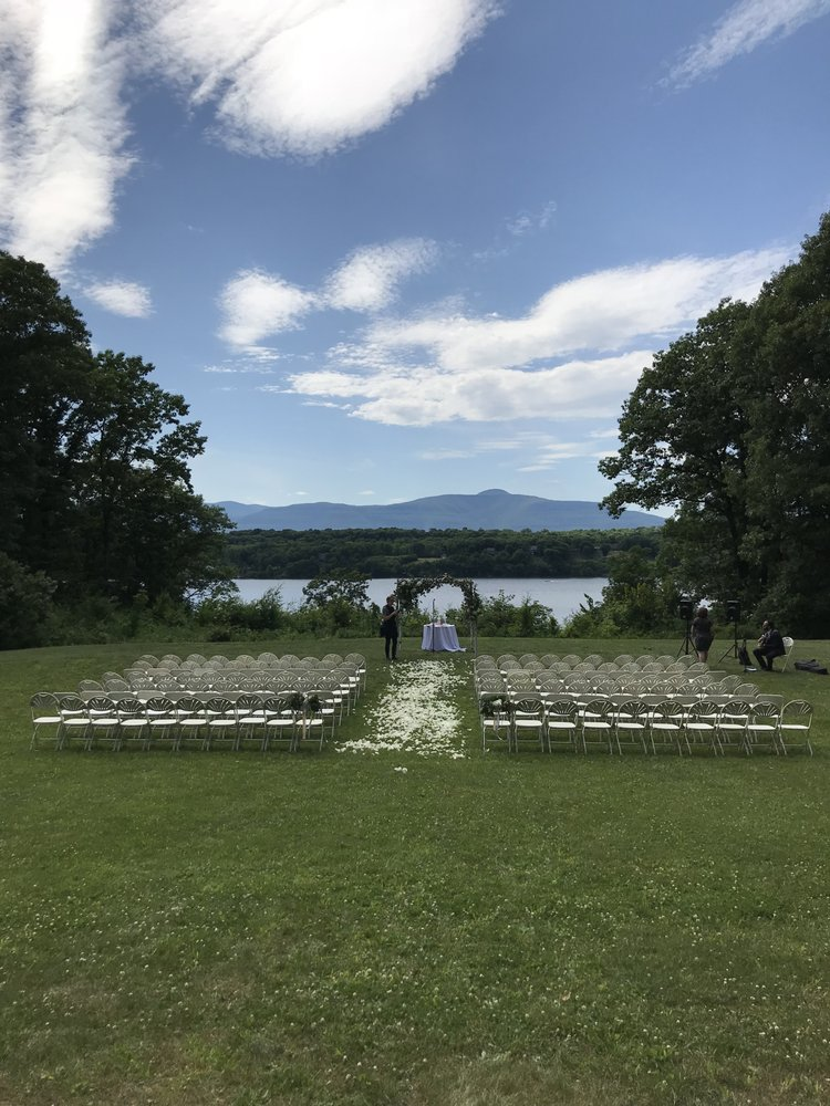 A Private Estate Events: 930 Woods Rd, Germantown, NY