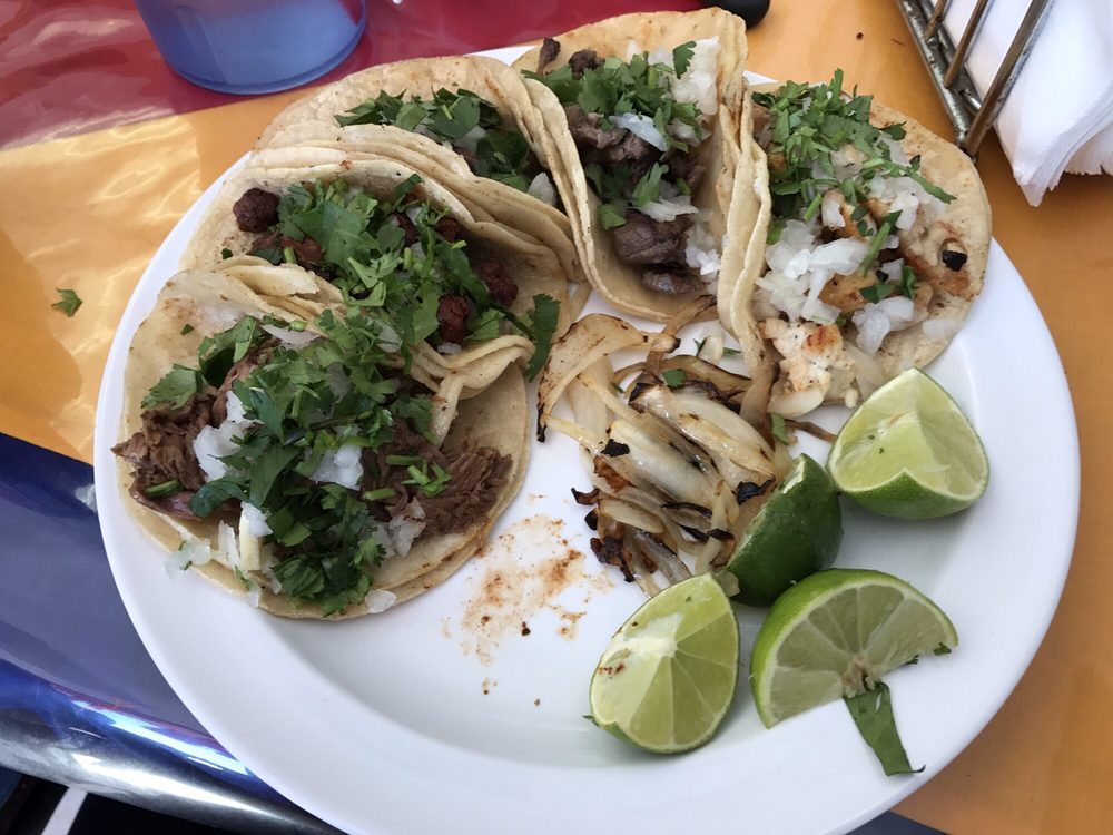 Las Palmas Seafood & Taqueria: 1201 W Miller Rd, Garland, TX