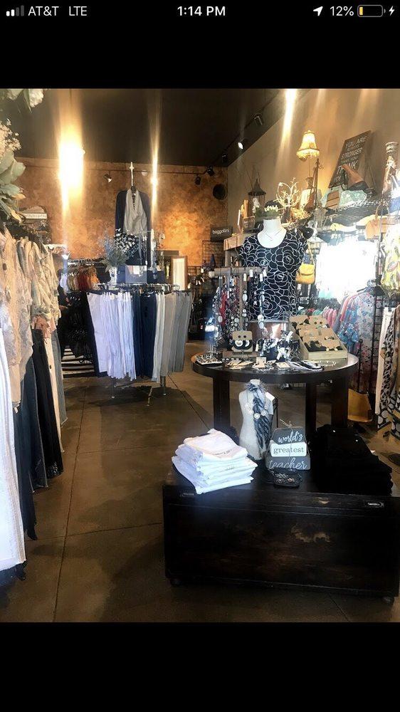 Tesori Gifts & Boutique: 129 S Main St, Hutchinson, KS