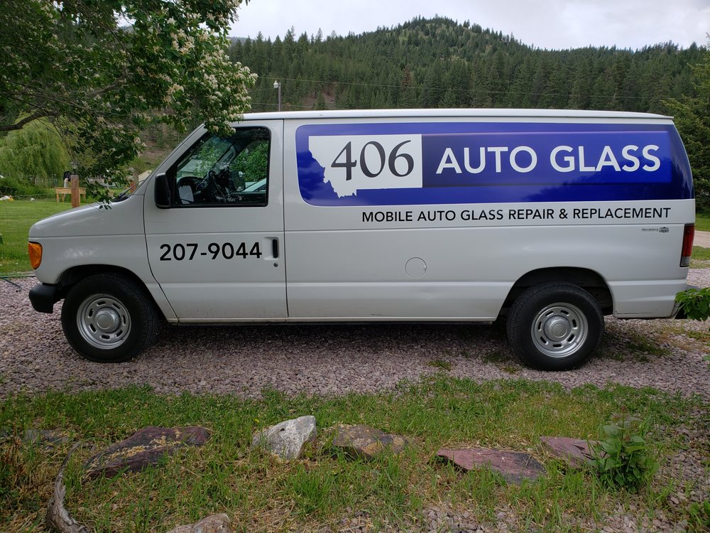 406 Auto Glass: Clinton, MT