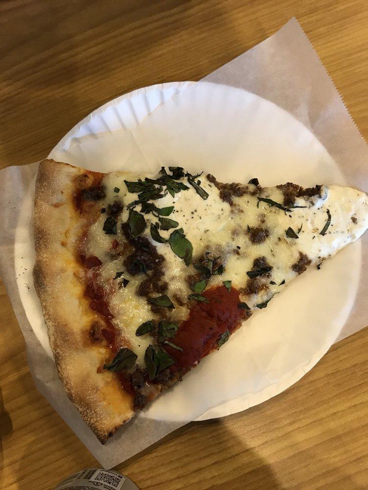 Taste of New York Pizza: 165 S Jordan Creek Pkwy, West Des Moines, IA
