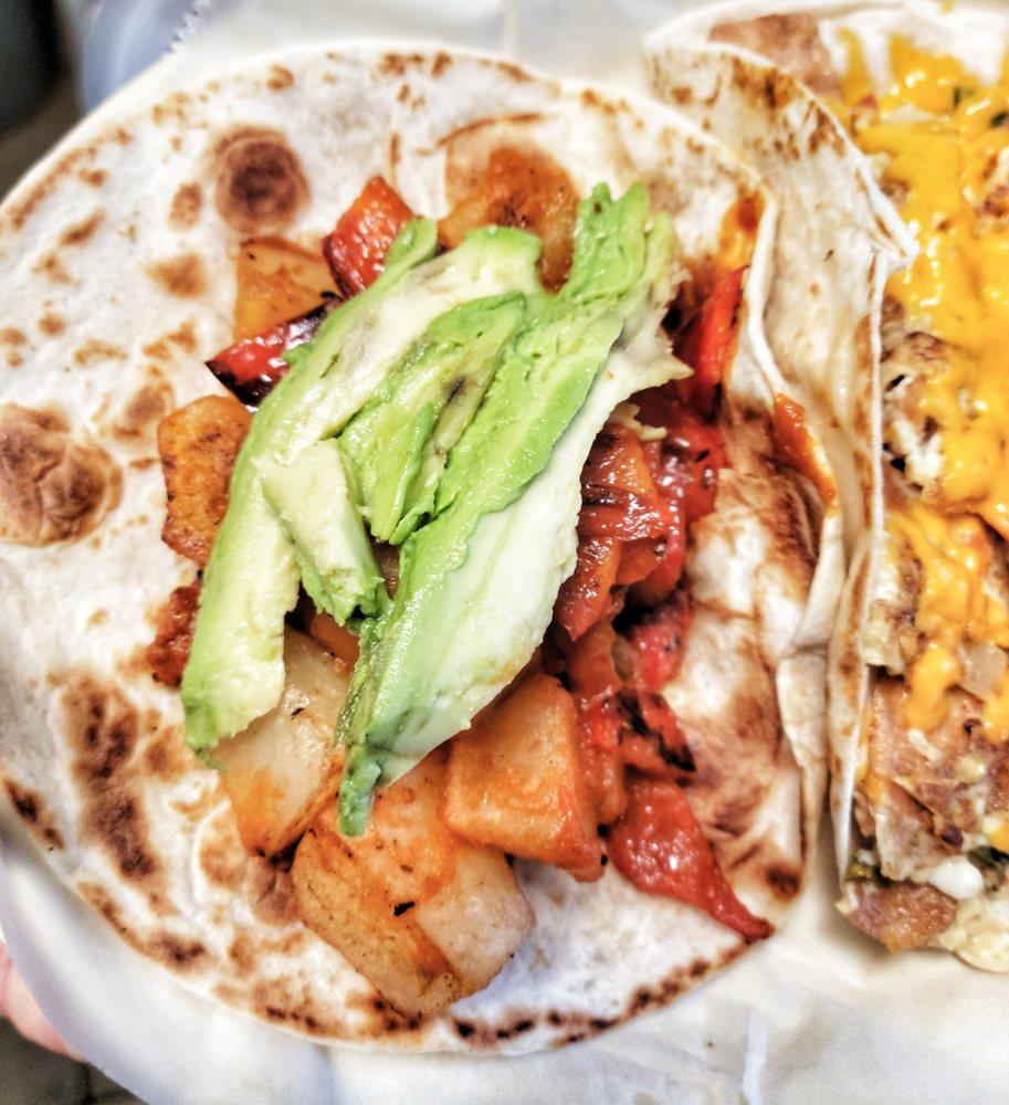 El Pitayo Mexican Kitchen: 102 N 5th St, Jarrell, TX
