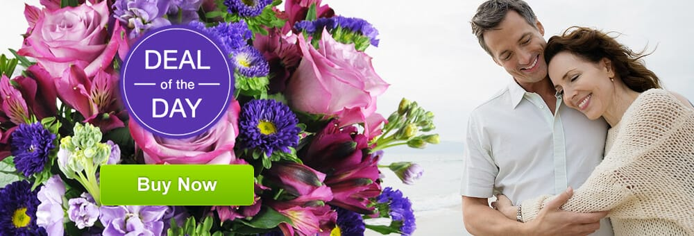 Honeysuckle Lane Floral & Gifts: 1201 M St, Aurora, NE