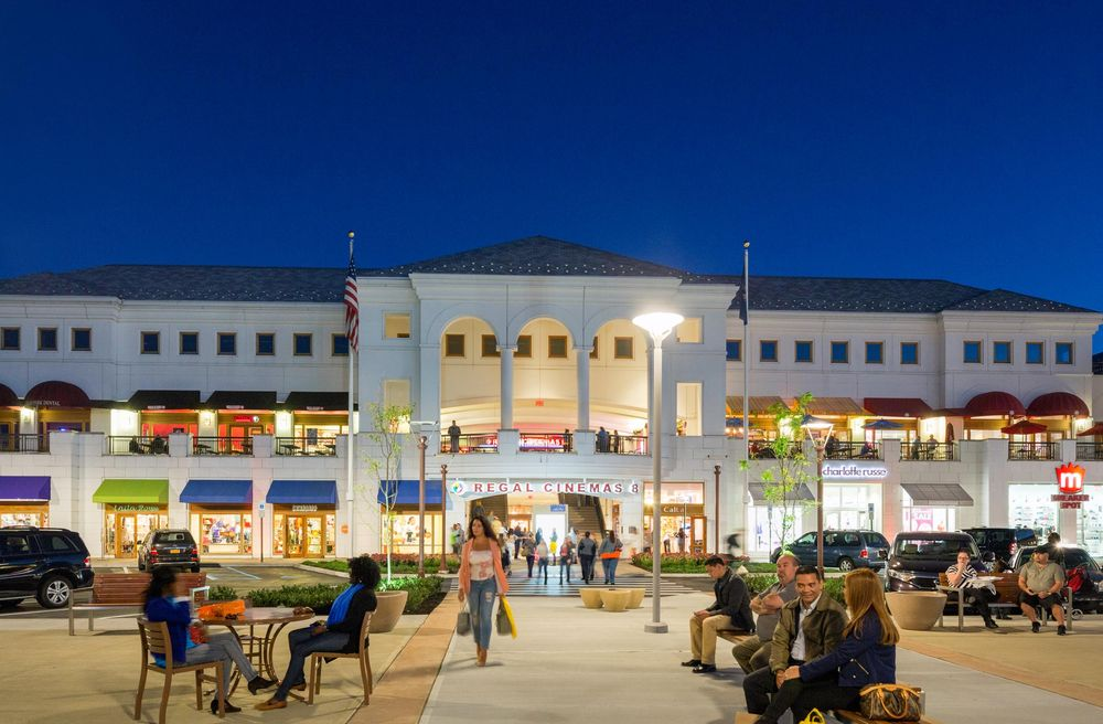 The Shops at Atlas Park: 8000 Cooper Ave, Glendale, NY