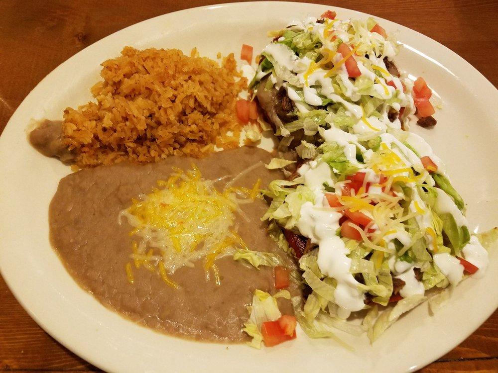 Campestre Mexican Restaurant: 1800 Pierce St, Sioux City, IA