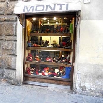 outlet store 80a5a f5982 Monti Calzature - Negozi di scarpe - Piazza del Duomo 27R ...