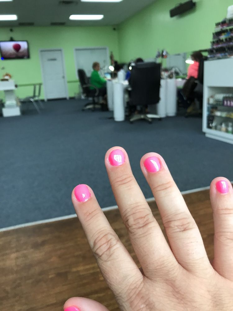 High Tech Nails: 2302 Arendell St, Morehead City, NC
