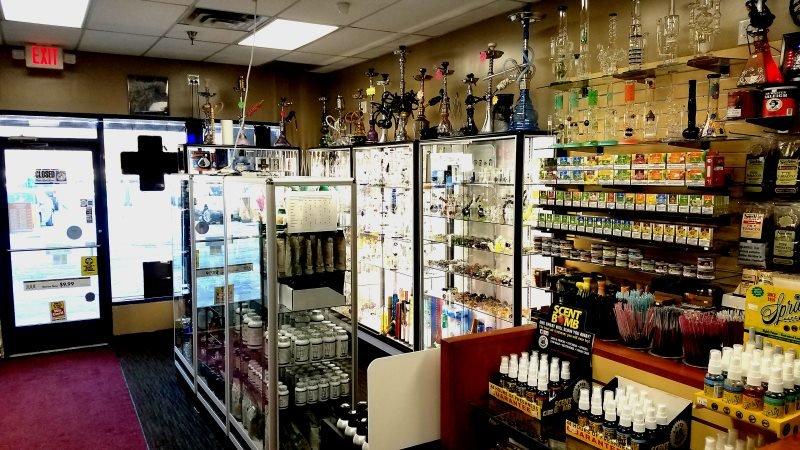 Arden Hills Tobacco: 3673 Lexington Ave N, Arden Hills, MN