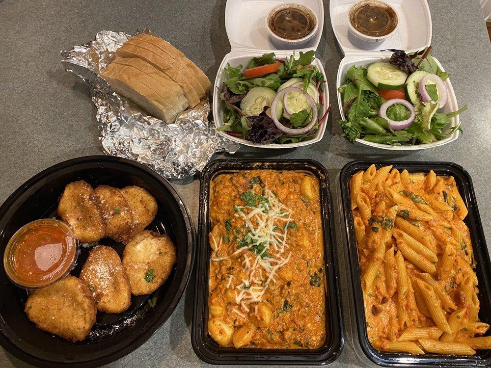 Cristina's Italian Kitchen: 7142 Knightdale Blvd, Knightdale, NC