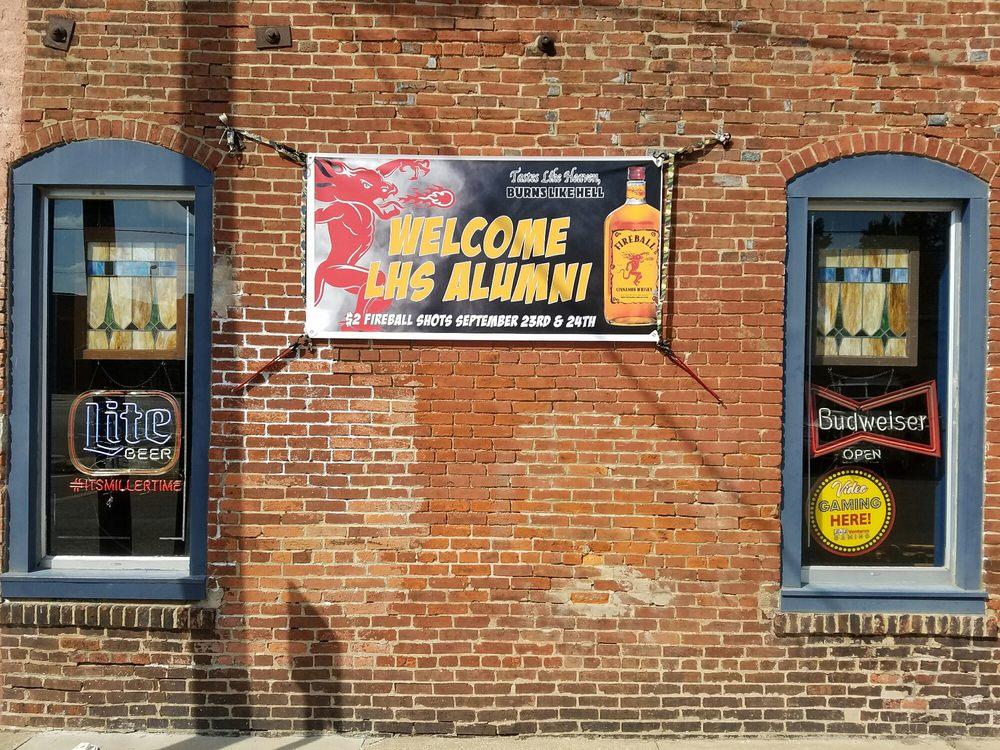 Chiefs Tavern: 604 N State, Litchfield, IL