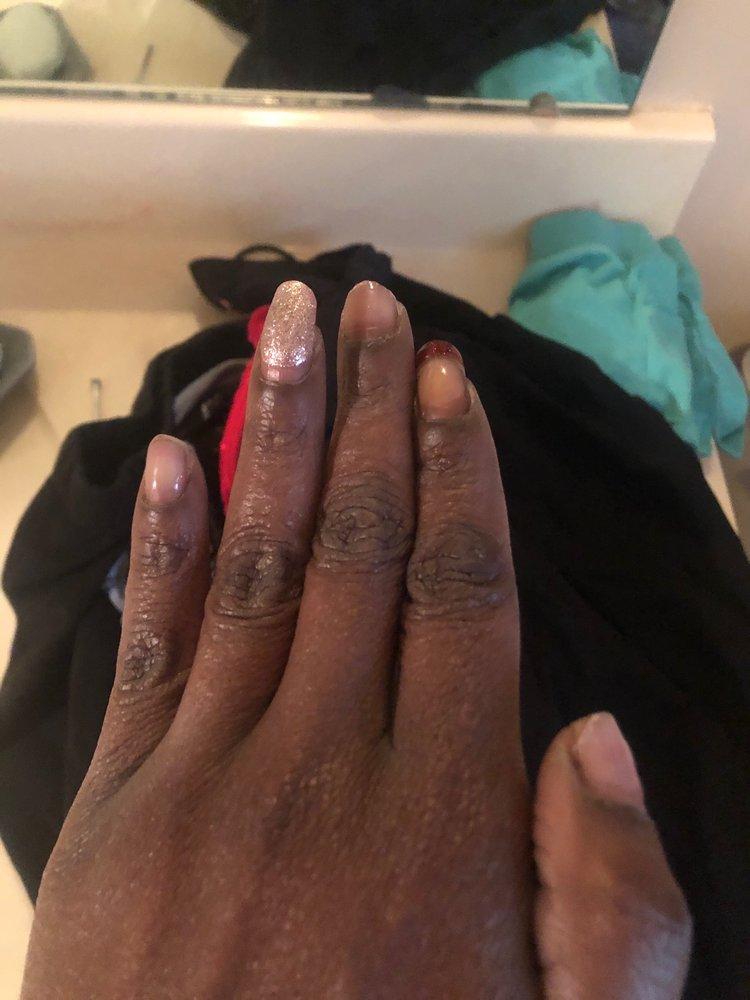 Bella Nails & Spa: 870 25th St NW, Cleveland, TN