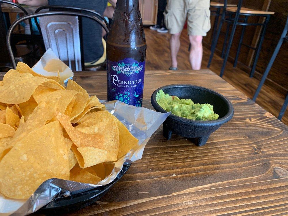 Vida Tacos: 1002A Henderson Dr, Jacksonville, NC