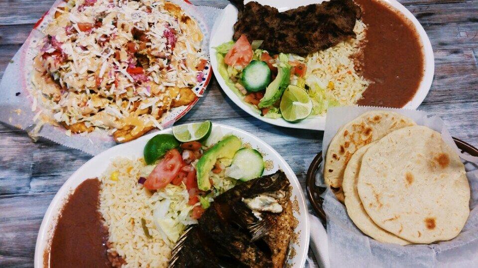Tipicos Gloria Restaurant: 470 Elden St, Herndon, VA