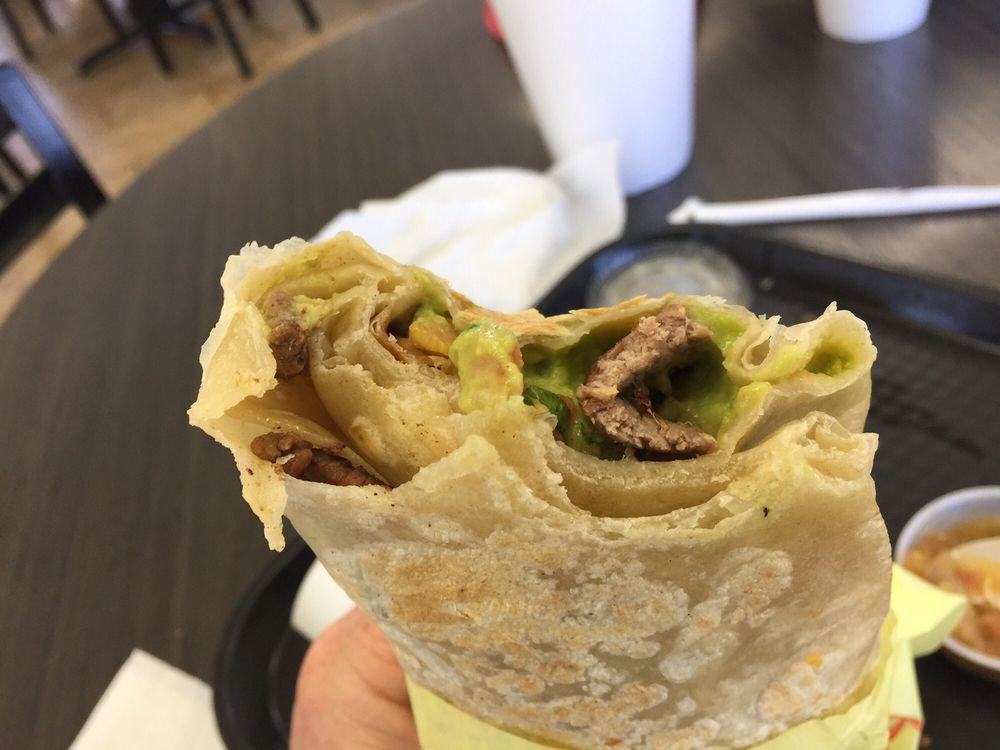 Albertaco's Mexican Food: 370 S Lovekin Blvd, Blythe, CA