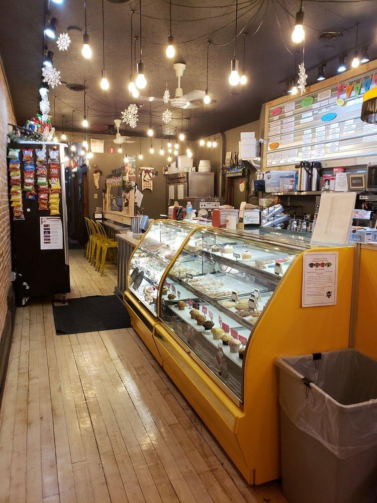 Serendipity Frozen Custard & Doughnuts: 119 E Superior St, Alma, MI