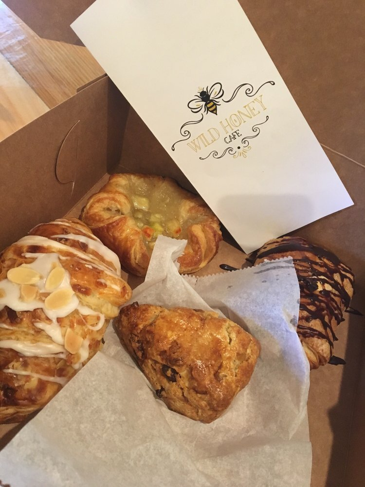 Wild Honey Cafe: 1228 Russels Mills Rd, Dartmouth, MA