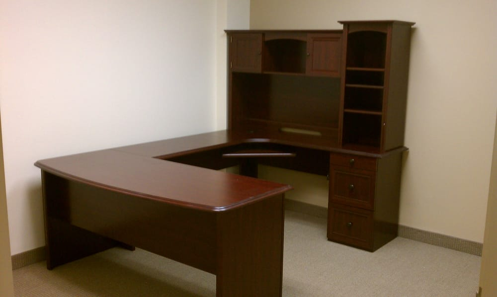 Realspace Broadstreet Contoured U Shaped Desk With Hutch