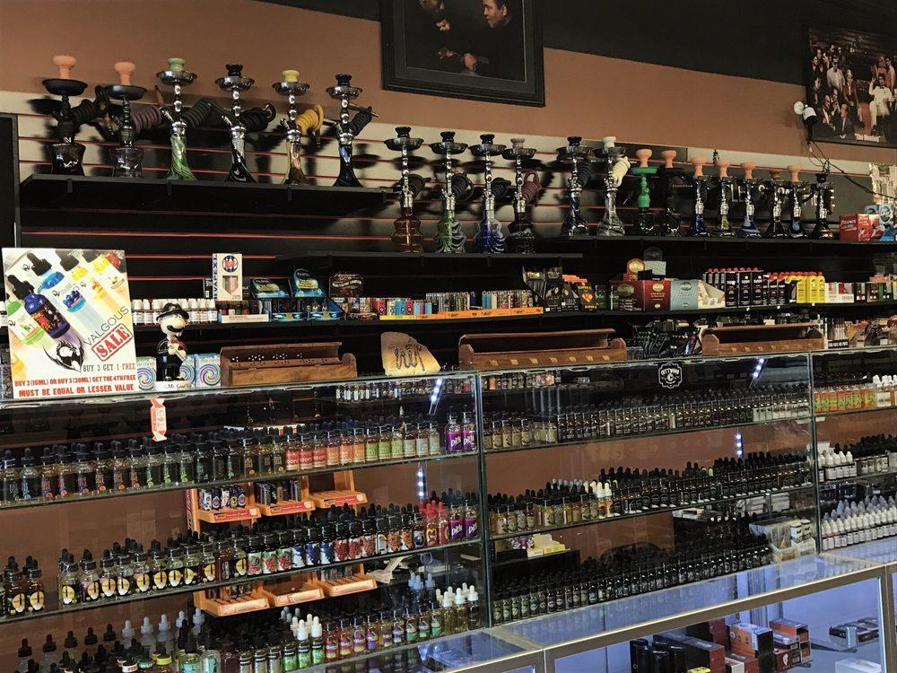 Smokes & Vapes: 3914 Harlem Ave, Berwyn, IL
