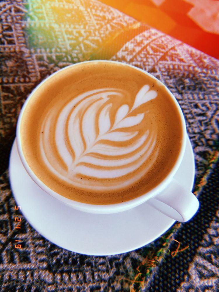 DUO58 Community Coffee Bar & Cafe: 2842 S Alafaya Trl, Alafaya, FL