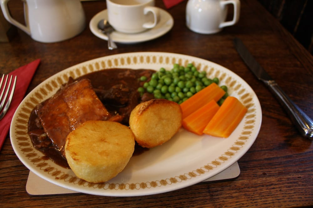 Steak & Kidney Pie, roast Potatoes, fresh vegetables - Yelp