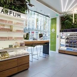 yves rocher produits de beaut cosm tiques 43 boulevard haussmann saint lazare grands. Black Bedroom Furniture Sets. Home Design Ideas