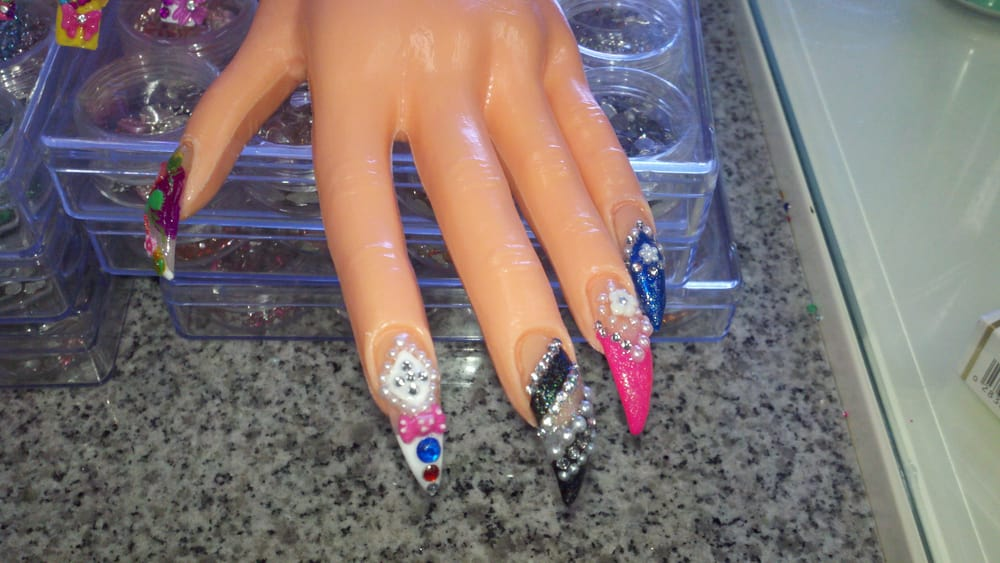Sactown\'s latest creations: Curve Stiletto Tips with 3D Nail Art ...