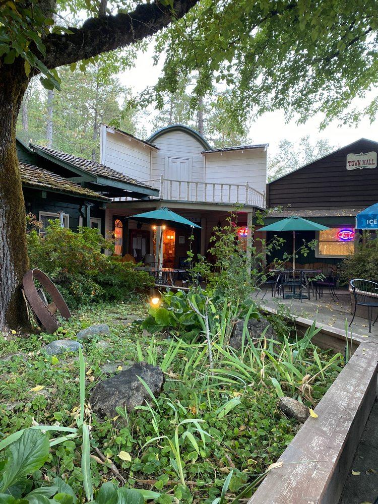 Mountain Eats: 13919 Lake Frances Rd, Dobbins, CA