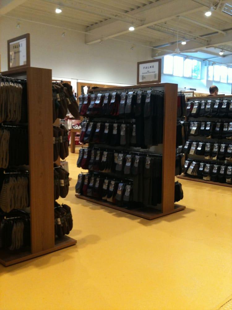 falke werksverkauf abbigliamento am wilzenberg 7 schmallenberg nordrhein westfalen. Black Bedroom Furniture Sets. Home Design Ideas