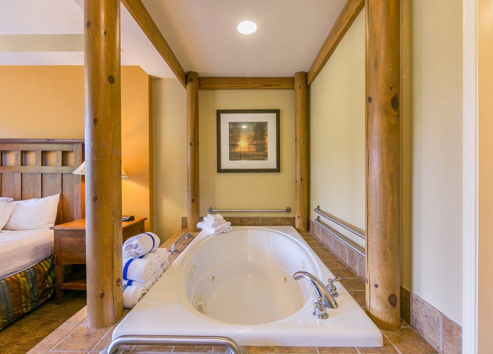 Smoky Mountain Resort - Slideshow Image 3