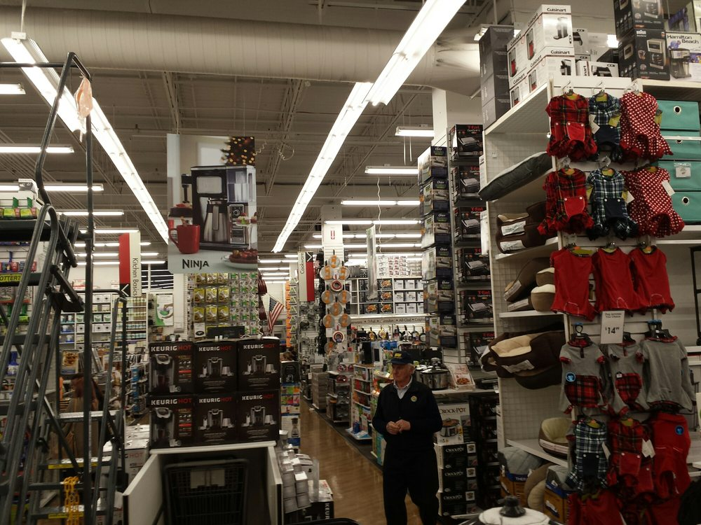 Bed Bath & Beyond: 1223 Whitehall Mall, Whitehall, PA