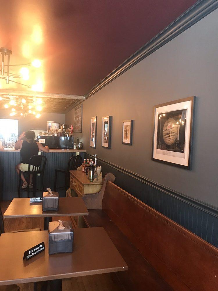 Vittles Espresso: 142 Main St, Bradford, VT