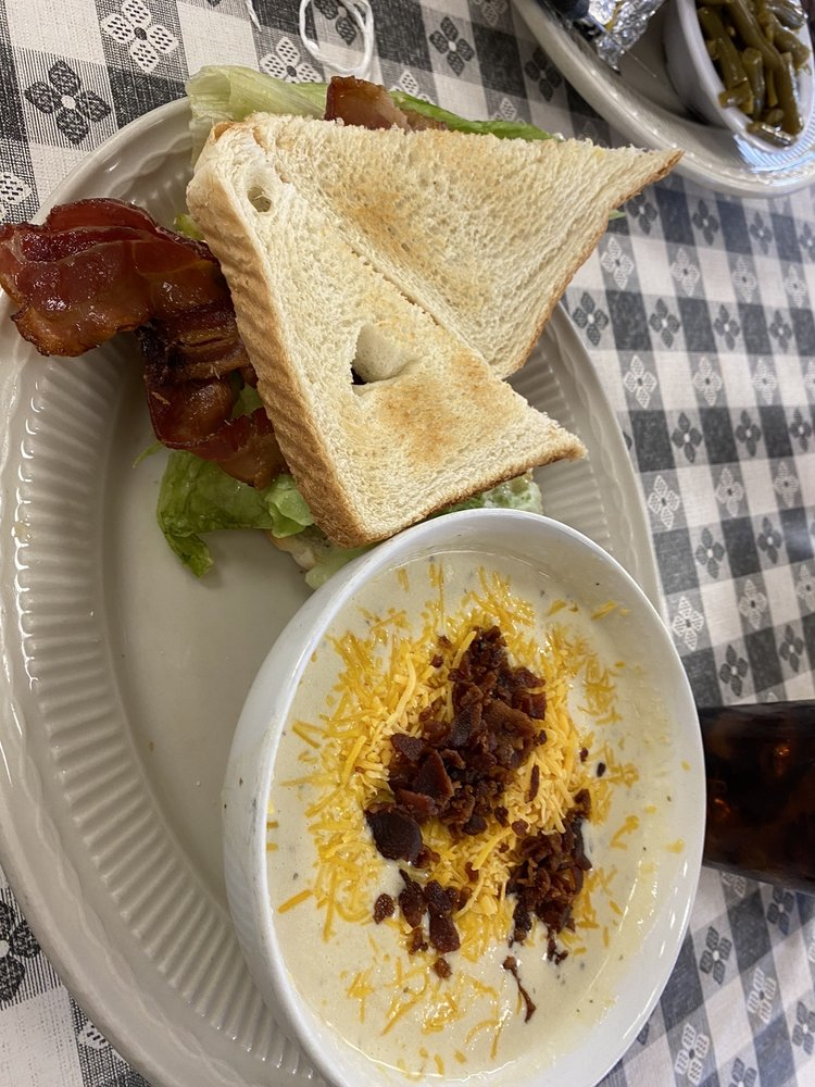 Pats Kountry Diner: 1764 E Main St, Lebanon, VA