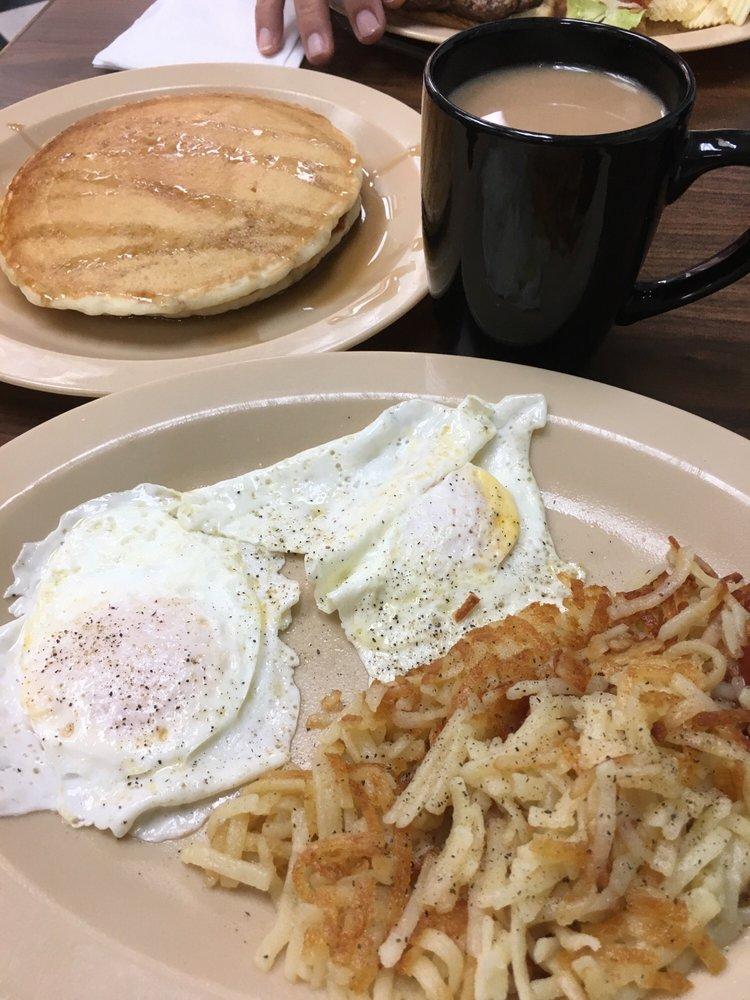 Logan's Diner: 414 S Main St, Emporia, VA