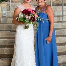 Wedding dresses in Canyon Lake