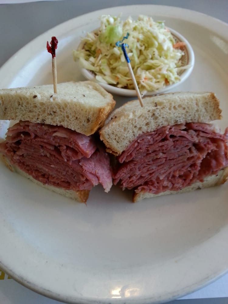 Arnie S Manhattan Restaurant And Deli Newport Beach Ca