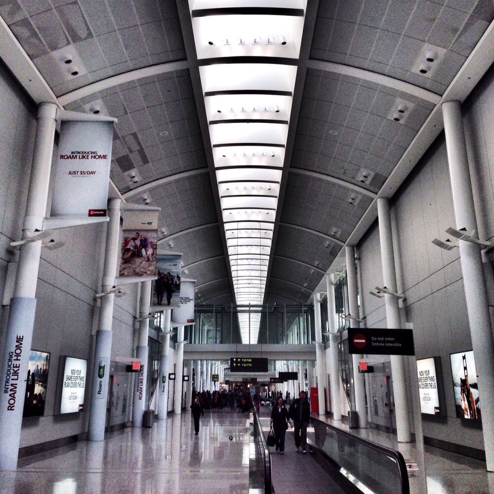 Toronto Pearson International Airport: USA Departure Area