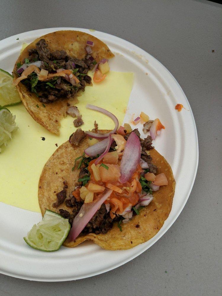 Tacos El Patron: 21070 SW Tualatin Valley Hwy, Beaverton, OR