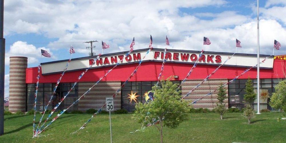photograph regarding Phantom Fireworks Coupons Printable named Phantom Fireworks of Evanston - 16 Photographs - Fireworks - 740