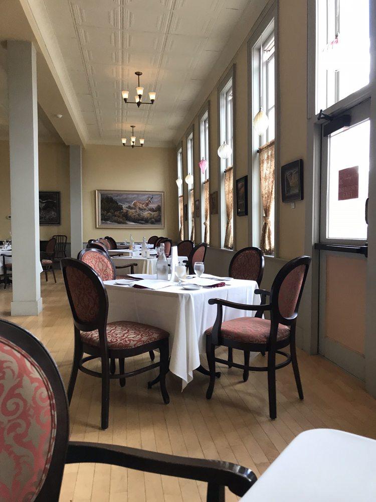 Windsor Hotel: 605 Grand Ave, Del Norte, CO