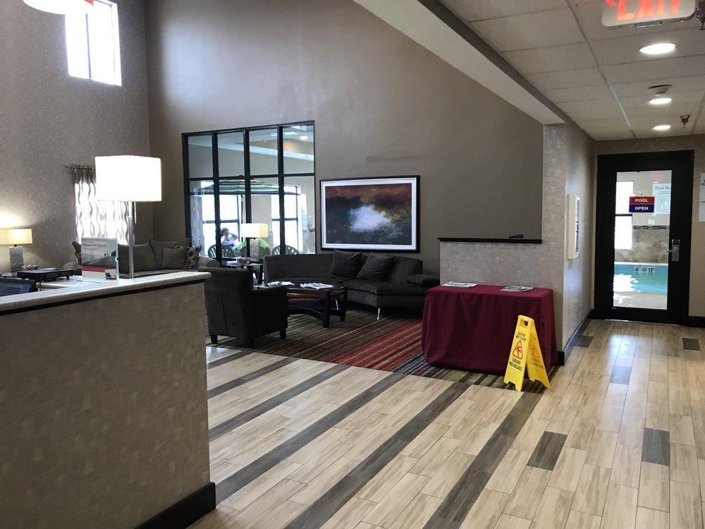 Holiday Inn Express Cloverdale: 1017 N Main St, Cloverdale, IN